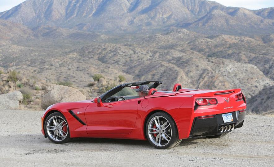 2014 Chevrolet Corvette Stingray convertible - Slide 16