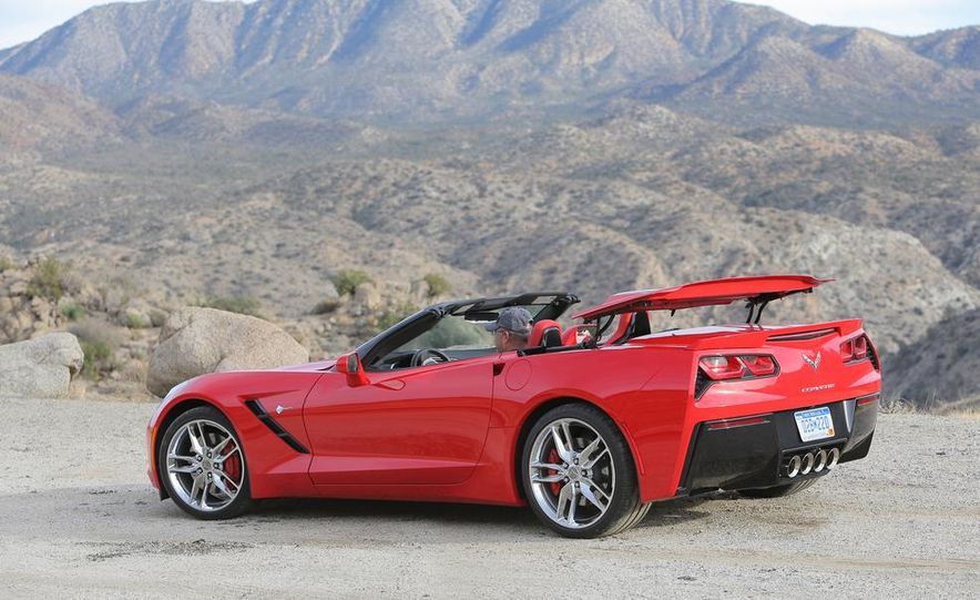 2014 Chevrolet Corvette Stingray convertible - Slide 17
