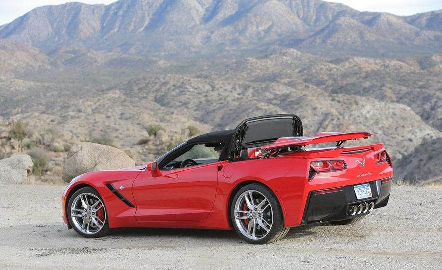 2014 Chevrolet Corvette Stingray convertible - Slide 19