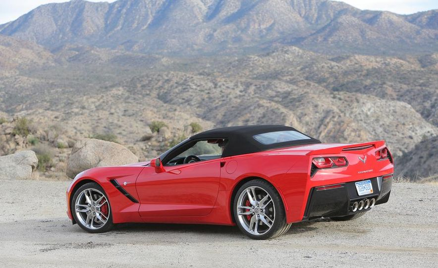 2014 Chevrolet Corvette Stingray convertible - Slide 22