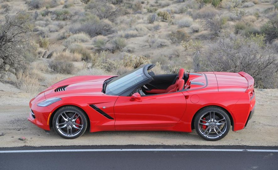 2014 Chevrolet Corvette Stingray convertible - Slide 27