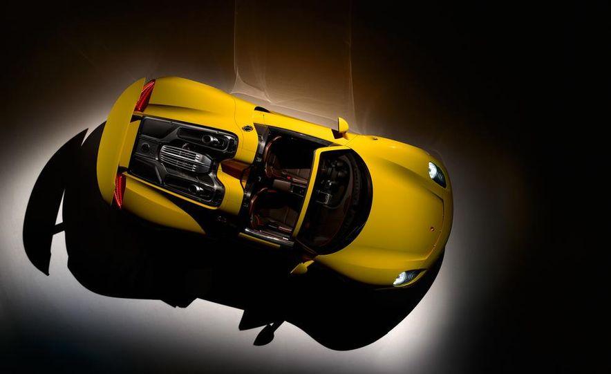 2015 Porsche 918 Spyder - Slide 22