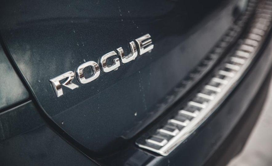 2014 Nissan Rogue SL AWD - Slide 22