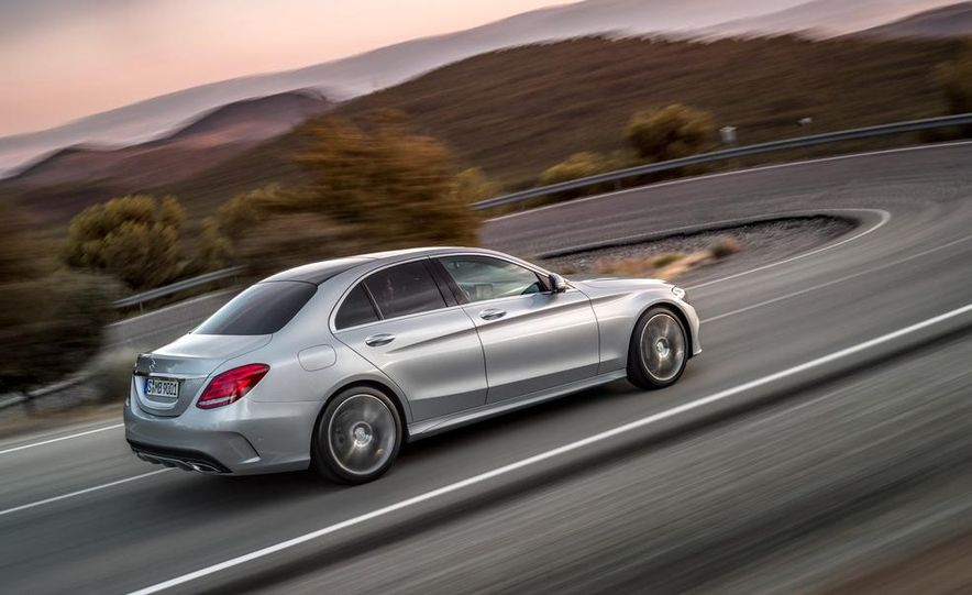 2015 Mercedes-Benz C400 - Slide 22