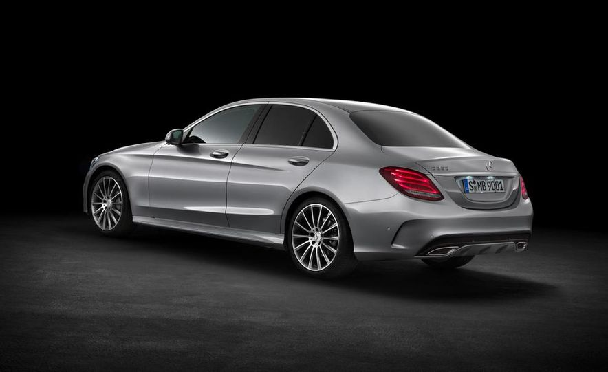 2015 Mercedes-Benz C400 - Slide 27