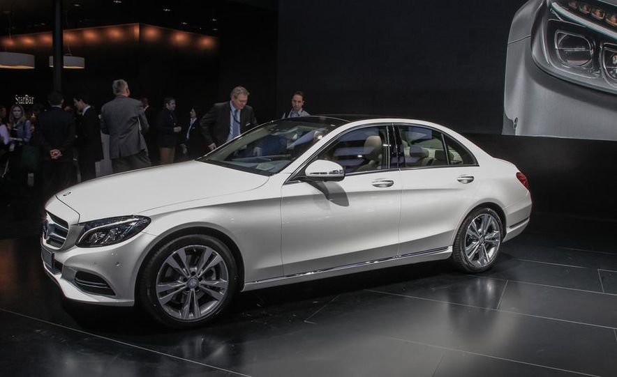 2015 Mercedes-Benz C400 - Slide 2