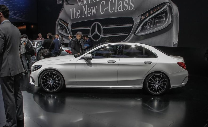 2015 Mercedes-Benz C400 - Slide 6