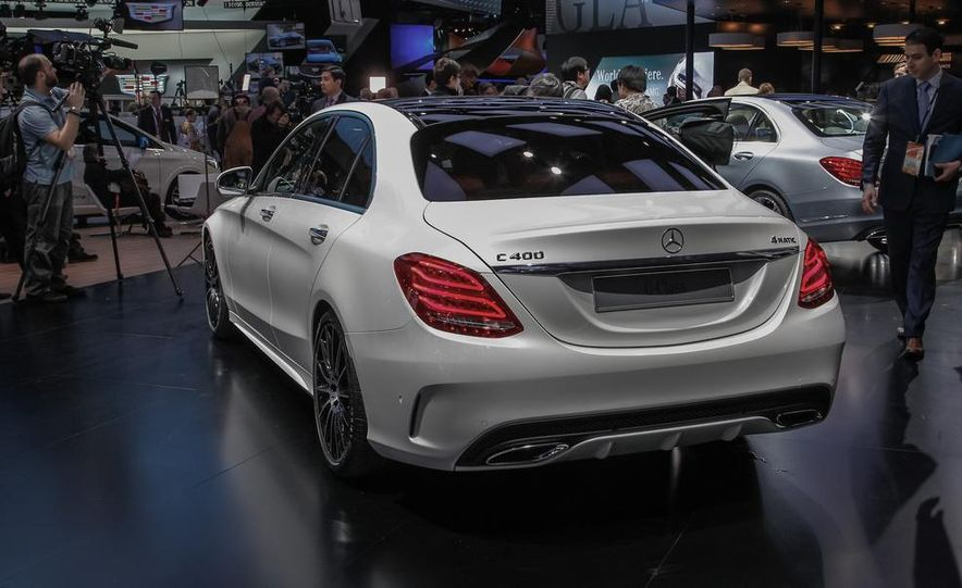 2015 Mercedes-Benz C400 - Slide 10