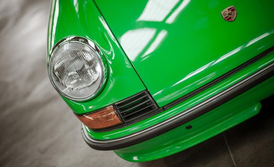 1968 Porsche 911 and 1973 Porsche 911E Targa - Slide 30
