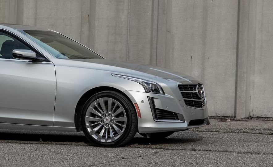 2014 Cadillac CTS 2.0T - Slide 15