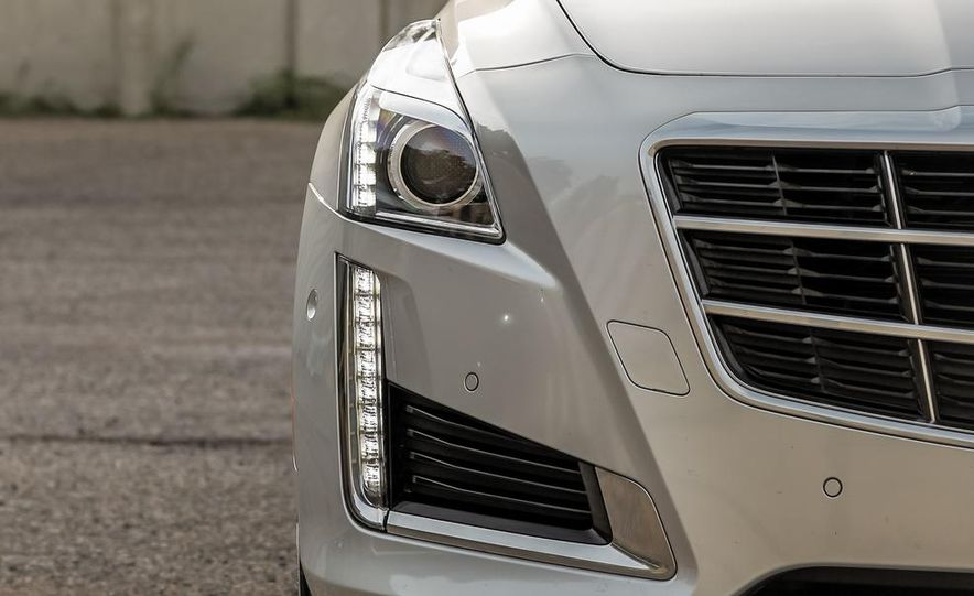 2014 Cadillac CTS 2.0T - Slide 17
