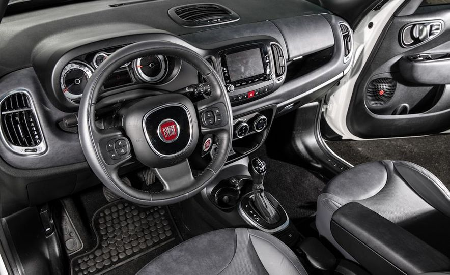 2014 Kia Soul! and 2014 Fiat 500L Lounge - Slide 14