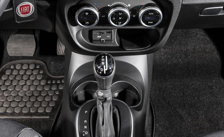 2014 Kia Soul! and 2014 Fiat 500L Lounge - Slide 15