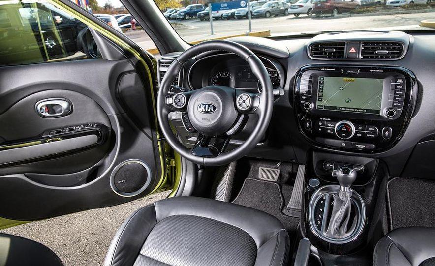2014 Kia Soul! and 2014 Fiat 500L Lounge - Slide 28