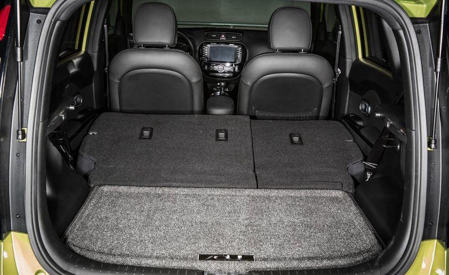 2014 Kia Soul! and 2014 Fiat 500L Lounge - Slide 34