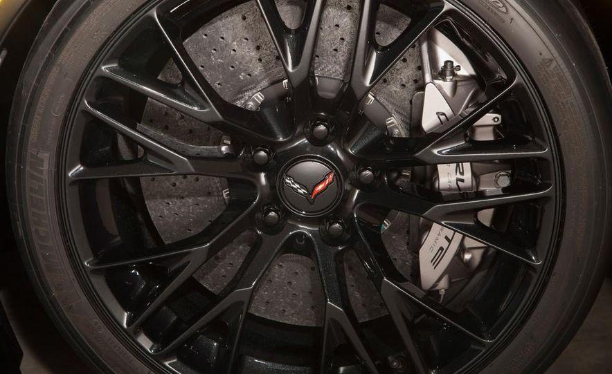 2015 Chevrolet Corvette Z06 - Slide 21