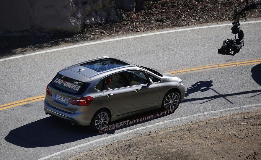 2015 BMW 225i Active Tourer (spy photo) - Slide 9