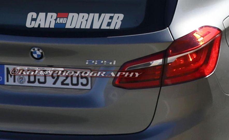 2015 BMW 225i Active Tourer (spy photo) - Slide 13