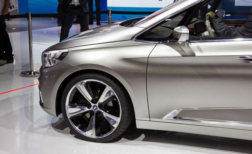 2015 BMW 225i Active Tourer (spy photo) - Slide 47
