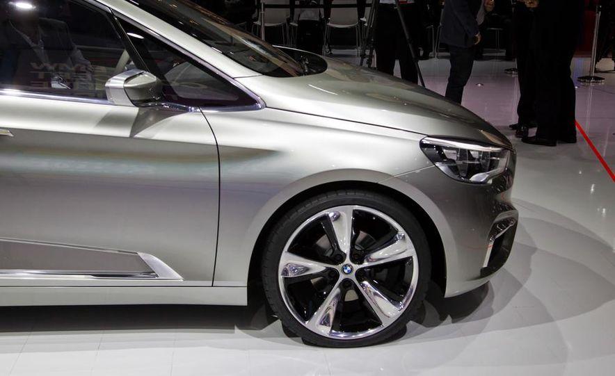2015 BMW 225i Active Tourer (spy photo) - Slide 48