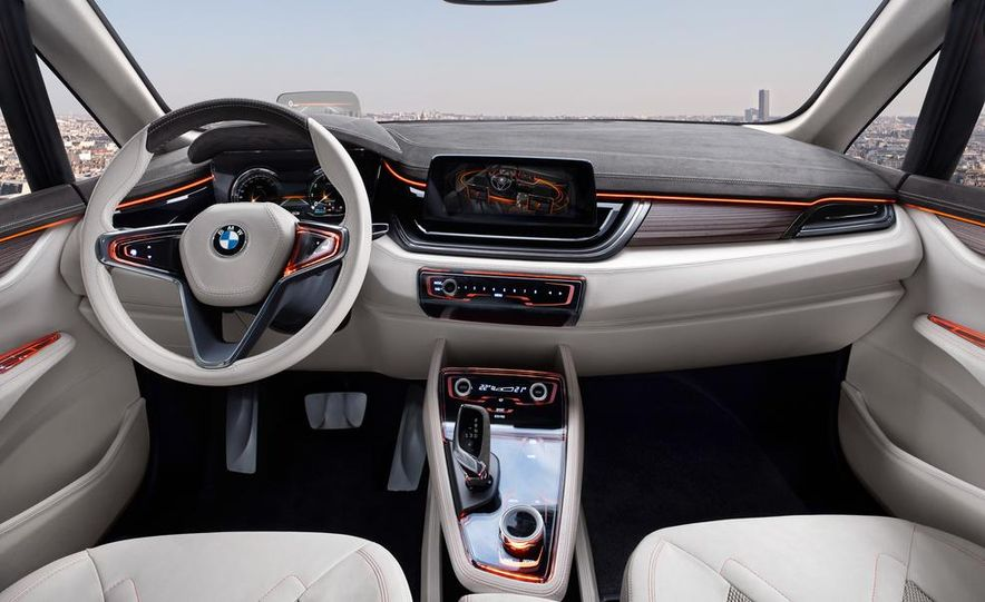 2015 BMW 225i Active Tourer (spy photo) - Slide 60