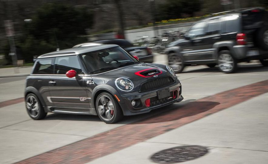 Mini John Cooper Works concept - Slide 30