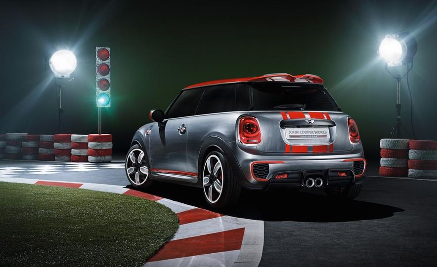 Mini John Cooper Works concept - Slide 21