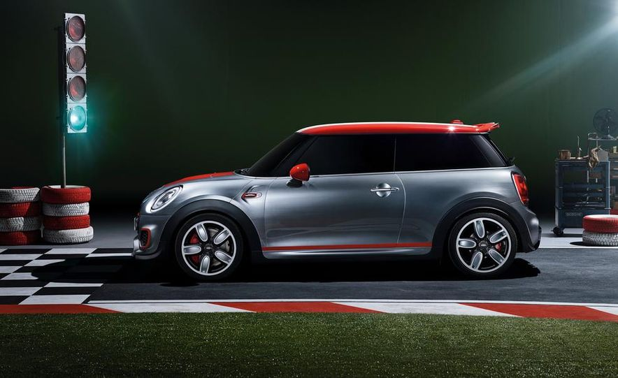 Mini John Cooper Works concept - Slide 22