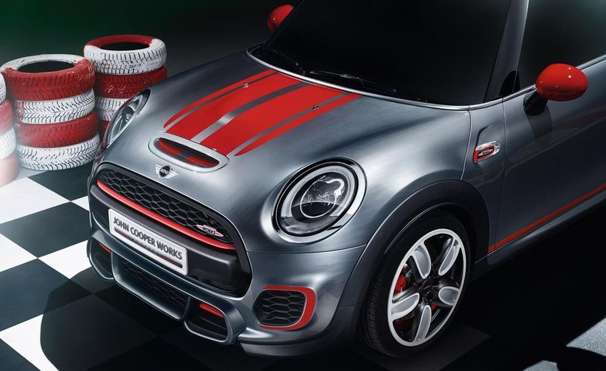 Mini John Cooper Works concept - Slide 23