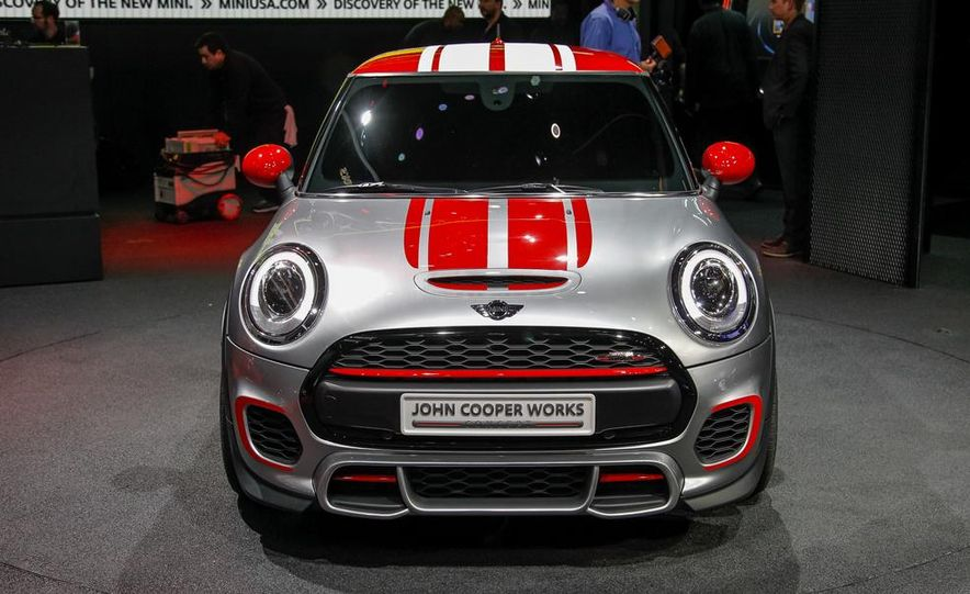 Mini John Cooper Works concept - Slide 1