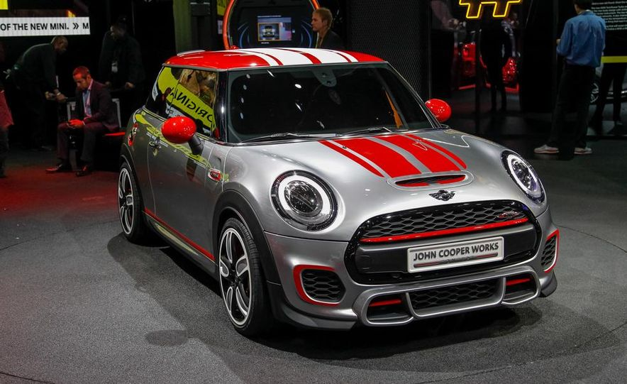 Mini John Cooper Works concept - Slide 3