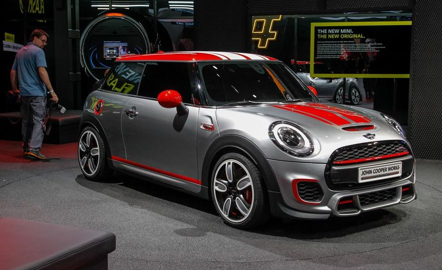 Mini John Cooper Works concept - Slide 5