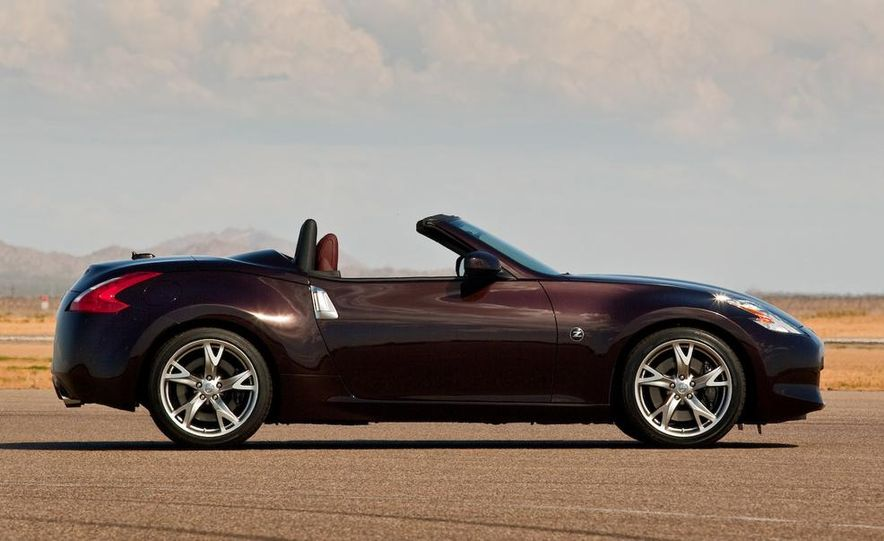 2015 Ford Mustang convertible - Slide 58
