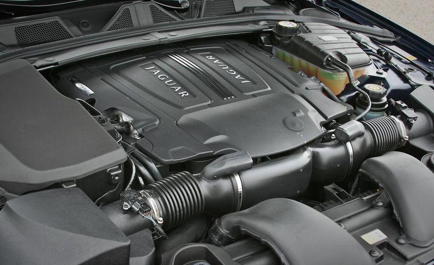 2013 Jaguar XF 2.0T - Slide 78