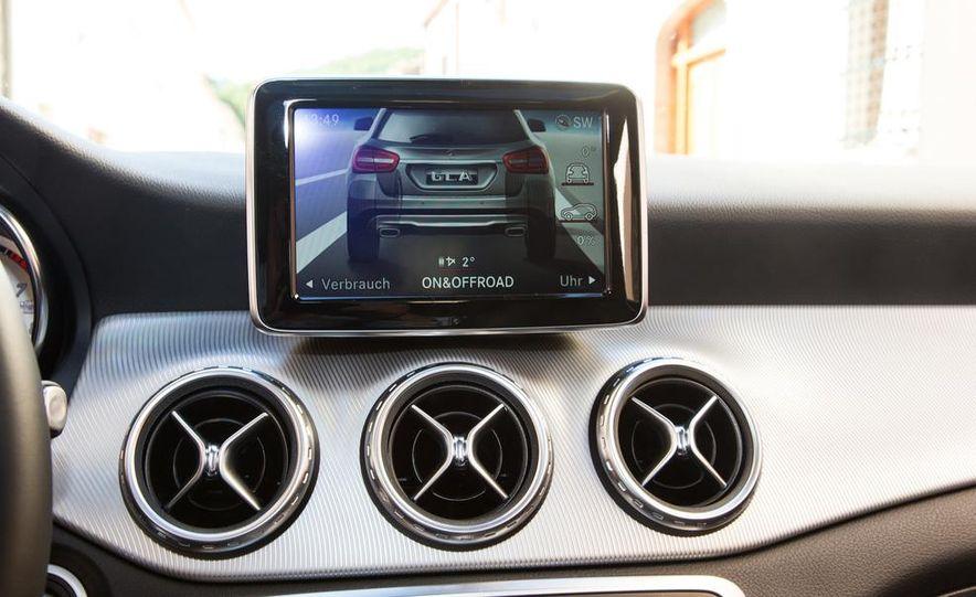 2015 Mercedes-Benz GLA-class - Slide 40