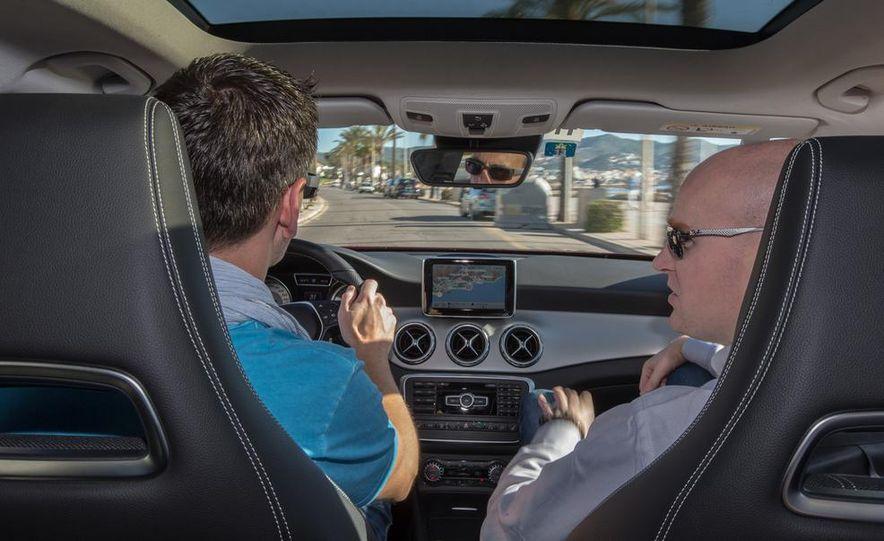 2015 Mercedes-Benz GLA-class - Slide 37