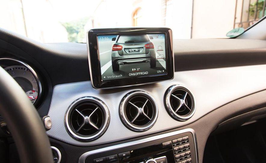 2015 Mercedes-Benz GLA-class - Slide 41