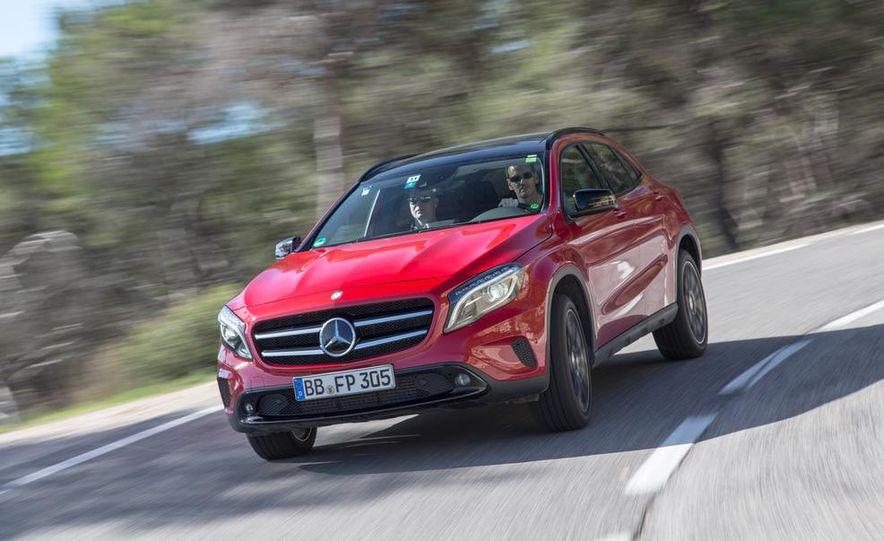 2015 Mercedes-Benz GLA-class - Slide 4