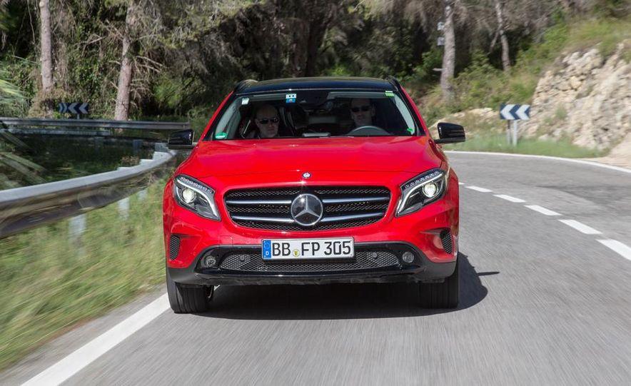 2015 Mercedes-Benz GLA-class - Slide 6