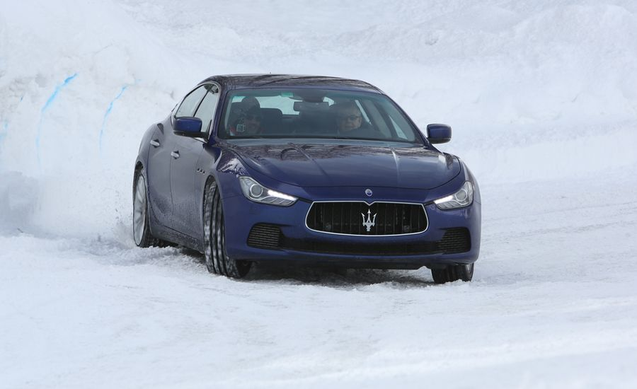 https://hips.hearstapps.com/amv-prod-cad-assets.s3.amazonaws.com/images/14q1/562747/2014-maserati-ghibli-s-q4-first-drive-review-car-and-driver-photo-567594-s-original.jpg?crop=1xw:1xh;center,center&resize=900:*
