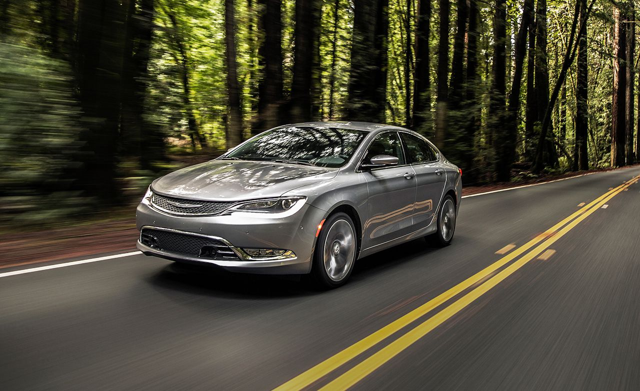 2015 Chrysler 200 Sedan First Drive Review Car And Driver