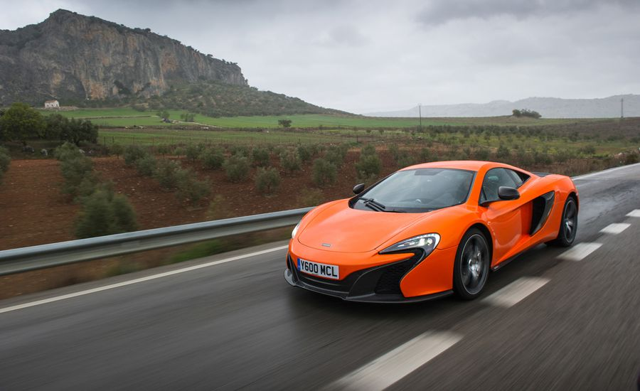 2015 McLaren 650S Coupe / Spider