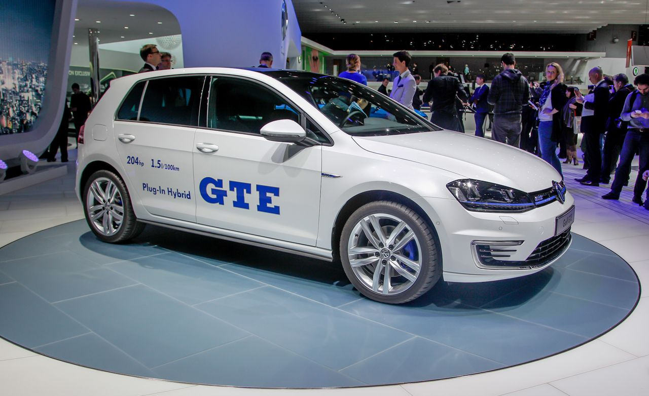 2014 Volkswagen Golf GTE: Trying to Be Cool