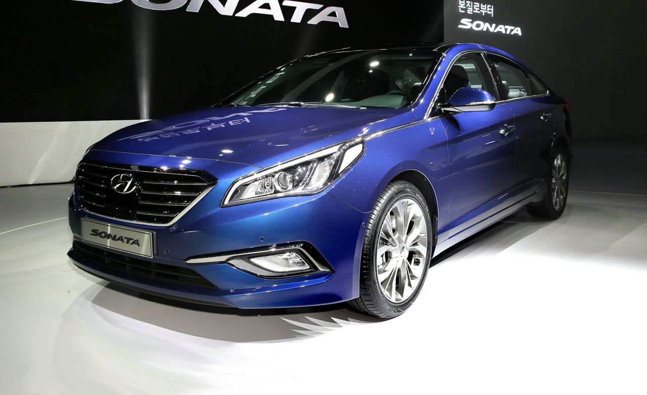 2015 Hyundai Sonata: Playing It Safe