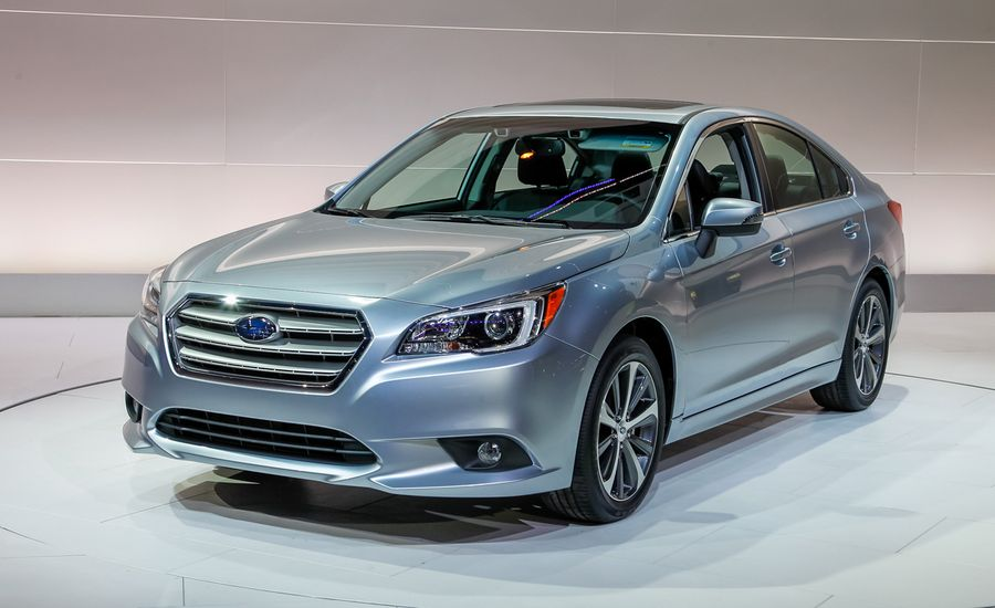 2015 Subaru Legacy Debuts with New Tech, Higher Fuel Economy