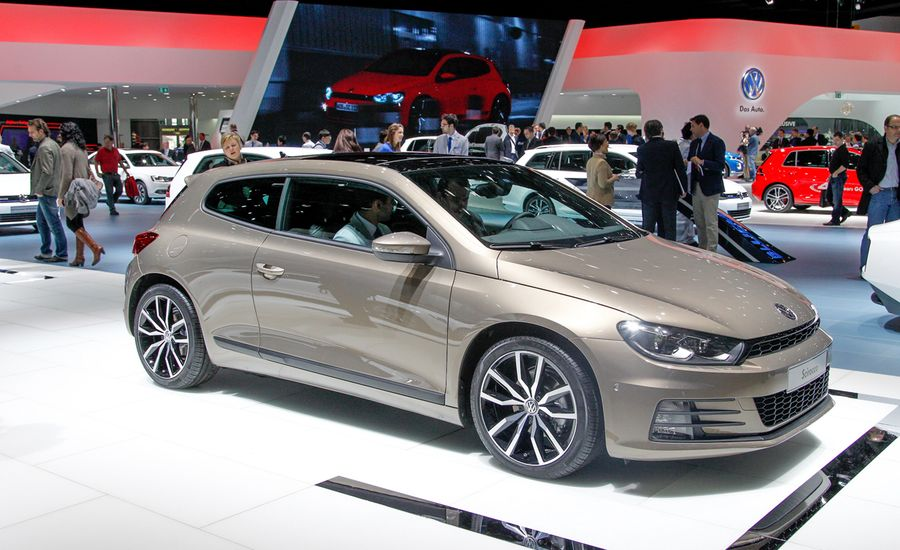 Can't Stop the 'Roc: 2015 Volkswagen Scirocco Debuts with Revised Styling and Equipment