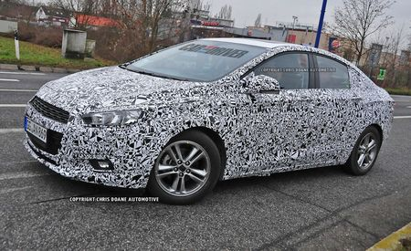 2016 Chevrolet Cruze Sedan Spy Photos