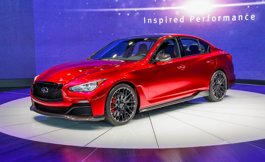 Infiniti Q50 Eau Rouge Concept: It's Red!