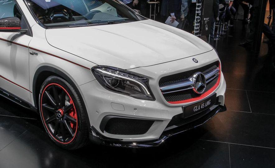 2015 Mercedes-Benz GLA45 AMG - Slide 6