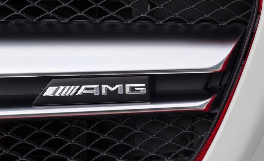 2015 Mercedes-Benz GLA45 AMG - Slide 34